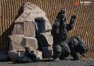 Скульптурная группа «Медведи» (Ханты-Мансийск)